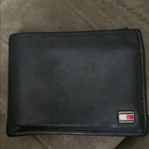 Tommy Hilfiger leather men's wallet